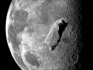 Астероид 2015 ТВ 145 может уничтожить Луну
