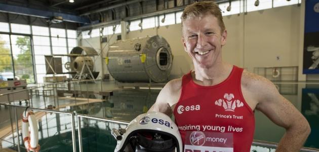 britanskij-astronavt-tim-pik-khochet-probezhat-marafon-v-kosmos