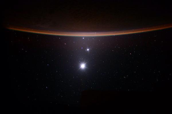 Фото Юпитера, Венеры и Луны одновременно