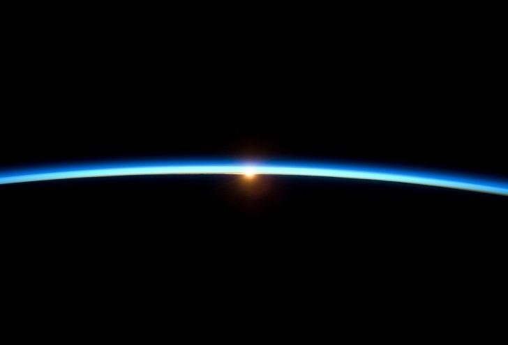 Где начинается космос?
