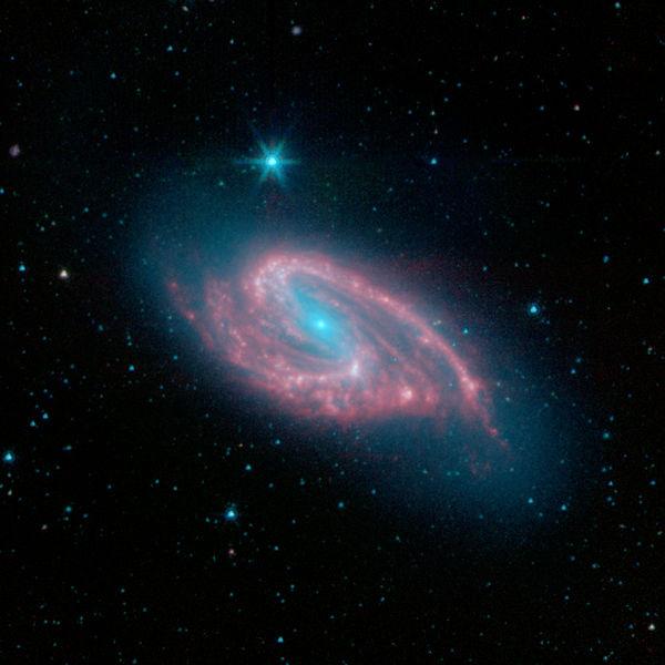 M66 - галактика в созвездии Лев
