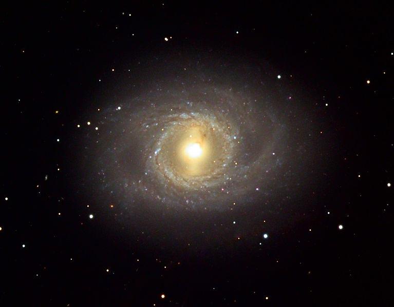 M95 - галактика в созвездии Лев
