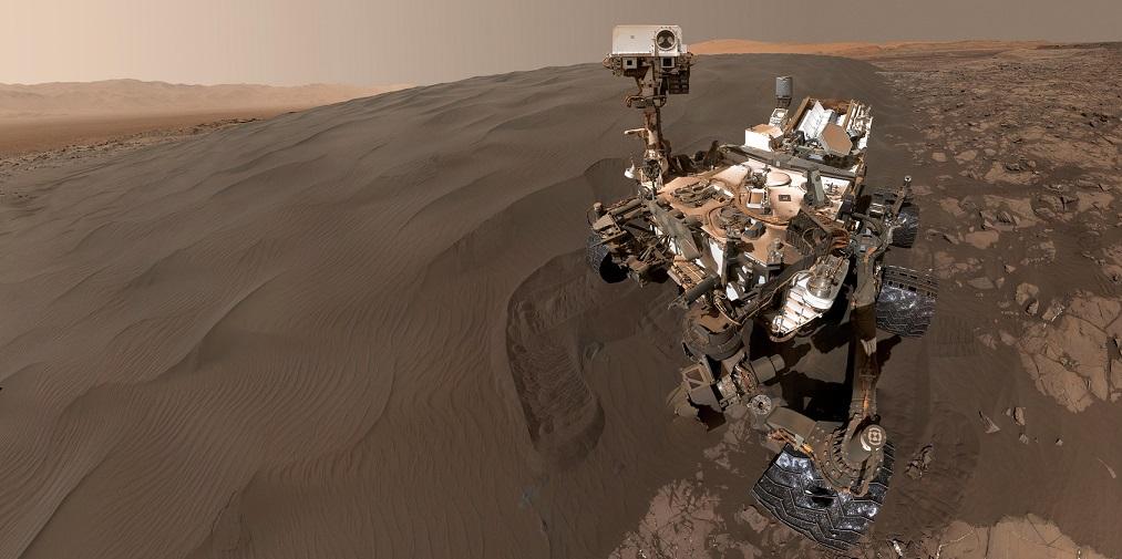 Селфи на песке с Марса
