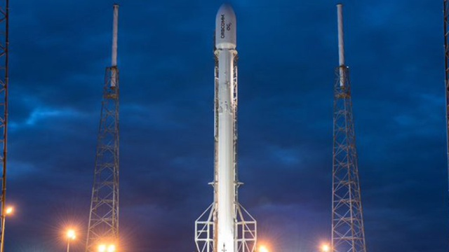 SpaceX перенесла на сутки запуск ракеты Falcon 9