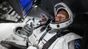 Астронавты Crew Dragon успешно добрались до МКС