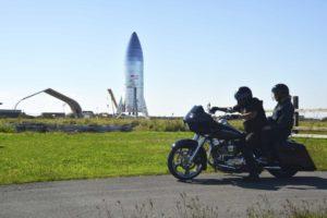 SpaceX начал строительство плавучего космодрома